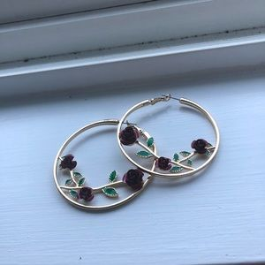 Good hoop earrings